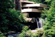 ARCHITECT - Frank Lloyd Wright