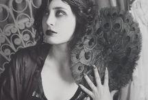 Oh the 1920's / by Darisbriel Vivas