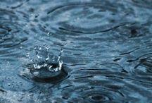 Des milliers de gouttes de pluie...