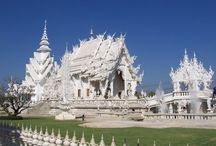 Wat Rong Khun (White Temple) / Wat Rong Khun, known as the White Temple in Thailand.