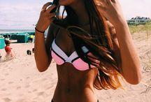 bikinis y mayas