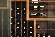 Cellar/bar / The generous under stairs cupboard!