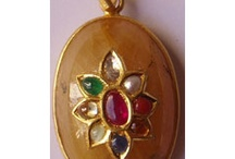 24k gold jewellery from Jaipur Jewellery / Rajasthan is culturally wealthy and has creative and social customs which indicate the historical Native Indian way of life where you can choose excellent jewelry items. we keep unique and precious 24k Gold  Jewellery selection with effective cost range, we are providing 24 k gold, 22K Yellow Gold and Navratan Stone Studded in 24K Yellow Gold and 18K gold Wire.