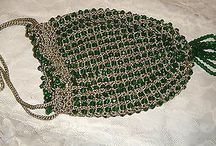 A TRUE FLAPPER PURSE FROM THE ROARING 20'S-PRISTINE CONDITION-CHECK IT OUT