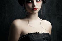 Dark Queens