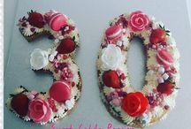 tart bisquit  cake