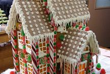 Gingerbread Houses / Beautiful or Interesting gingerbread creations that have inspired ours!