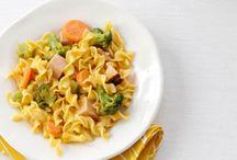 + Veggie & diet recipes / by Ariana Gómez