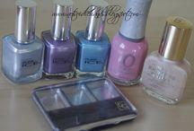 coloured nail polish