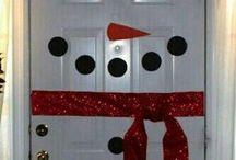 ornare uși de crăciun