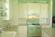 Kitchens / by Carla Stubby