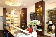 Ameublement Boutiques et Magasins / Architecture intèrieure pour boutiques et magasins.