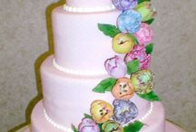WEDDING CAKES / by Elaine Trentadue
