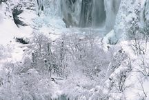 waterfalls / Waterfalls are one of the most striking features of the nature. Lush and tropical, frozen in winter, small or big, they are truly breathtaking scene.