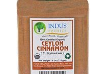 Organic Ceylon Cinnamon / Our organic farmers in Sri Lanka grow sweet and soft cinnamon that can be used for cooking as well as medicinal purpose. This cinnamon is different from other type of cinnamon grown in Indonesia, China and India.