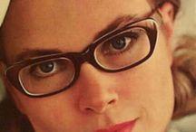 kacamata / glasses