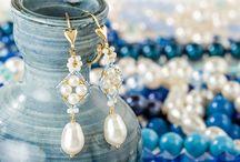 Jewelry ~ Bead Tutorials / by Lori Harrison
