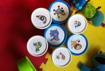 Plastic pots / Recycled plastic pots used as baby toys