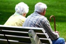 """Nos ainées, Grand-mère & Grand-père, seniors, personnes âgées / """" Si la jeunesse est la plus belle des fleurs, la vieillesse est le plus savoureux des fruits.""""  Anne Sophie Swetchine"""