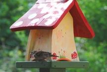 Original Vogelvilla Nistkästen, Insektenhotels und Futterplätze