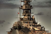 Válečné lodě a ponorky