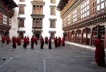 Bhutan Cultural Tours / Bhutan cultural tour explores the heritage and traditions of Bhutan's timeless culture that still thrive today.