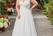 Wedding dress curvy
