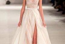 Dresses / by Amanda Colvin