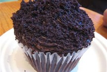 Cupcake Inspiration / I pin cupcakes for inspiration! Yum.