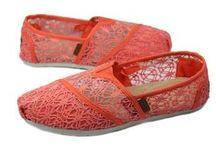 UGG / Fashionable shopping, classical sharing