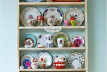 Plates and dishes / Plates and dishes