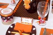 Thanksgiving Tablescapes for the Kids!