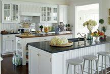 Dream Home-Kitchen / by Savannah Hennig