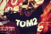 TOM2 CLOTHING STREET STYLE
