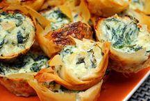 Greek spinach pies spanakopita