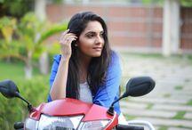 Ashwathy Warrier / Kollywood Actress Ashwathy Warrier Photo Gallery by Chennaivision