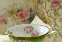 Romantic Tea Pots and Cups