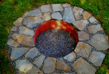 Fire pits / by Denise Grubb