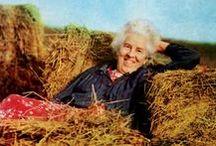 Ruth Stout gardening