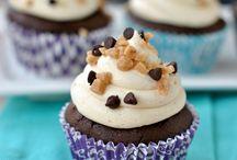 Dessert Cupcakes and Cakes Recipes / by Kristin Thomas