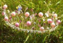 Wedding Inspiration / #flowers #tabledecoration #bunting #colour #romance