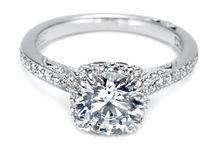 Tacori Engagement Rings / Tacori Engagement Rings. All Photos Link to Tacori Website. Descriptions Belong to Tacori.