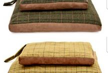 Dog Beds, Blankets, Neckerchiefs, Collars & Leads