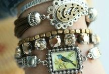 Stacking Jewelry / Layered jewelry trends and how to create a DIY bracelet stack