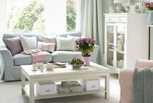 Room: Lively Living Rooms