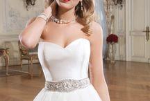 Justin Alexander Trouwjurken / Wedding dresses by Justin Alexander