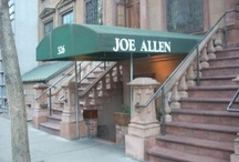 Joe Allen / Our favorite pictures of the restaurant, inside and out