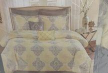 House - Bedroom / by Jessica De Figueiredo Hans