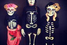 skulls / Mexican Day of the Dead skull inspiration for art projects and sewing workshops.