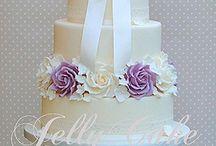 wedding cakes / by latashia Boswell